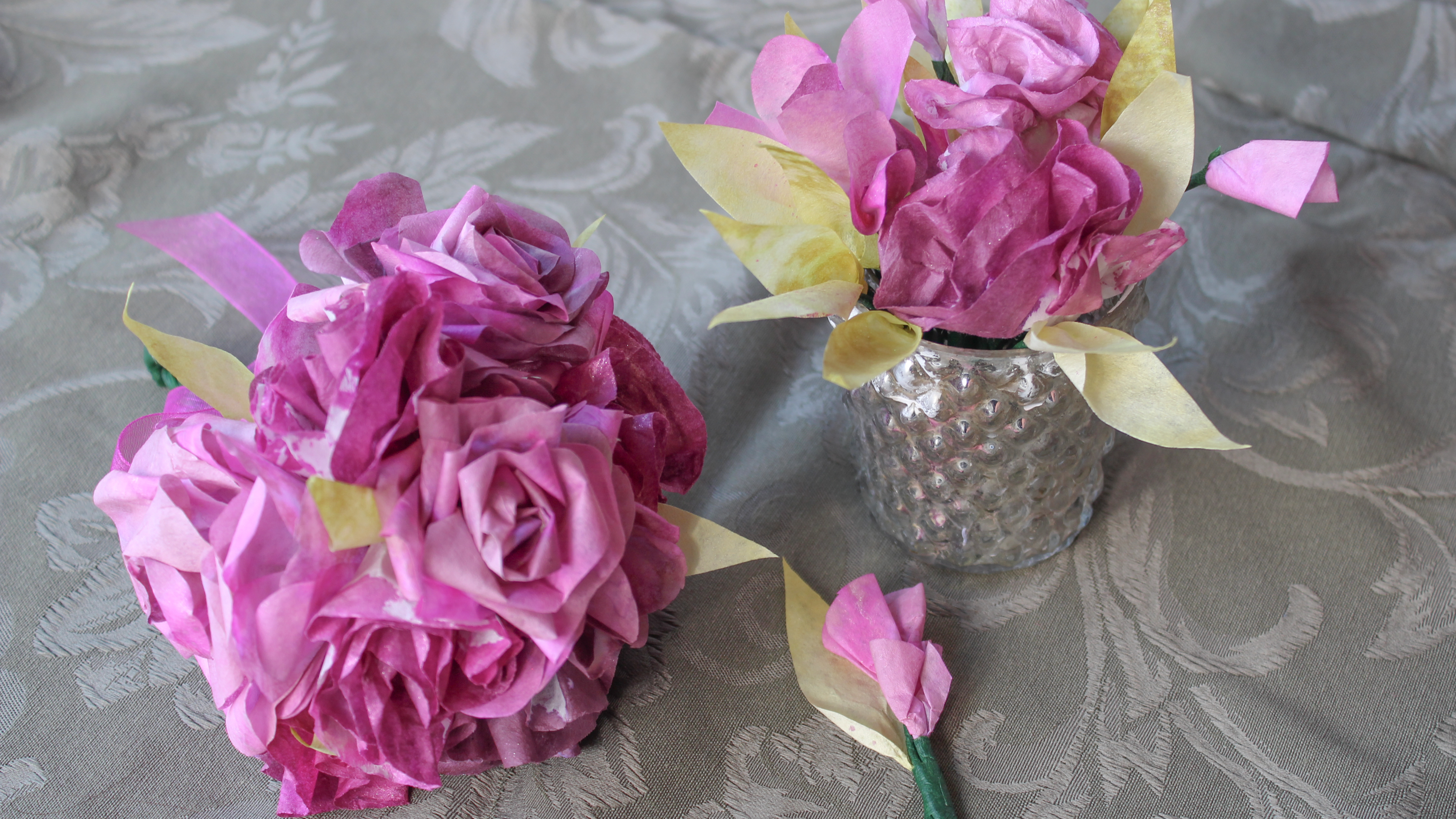 Handmade paper flower bouquet perfect to use for a beautiful bouqeut to toss at a weeding.
