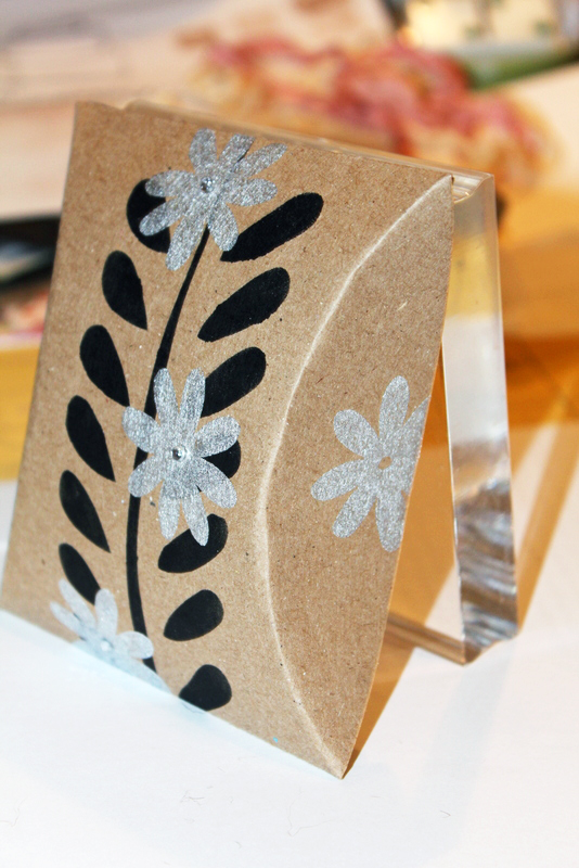 Daisy Pillow Box Craft Great for Wedding Favors